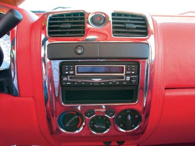 custom 2005 Gmc Canyon custom Interior Dashboard