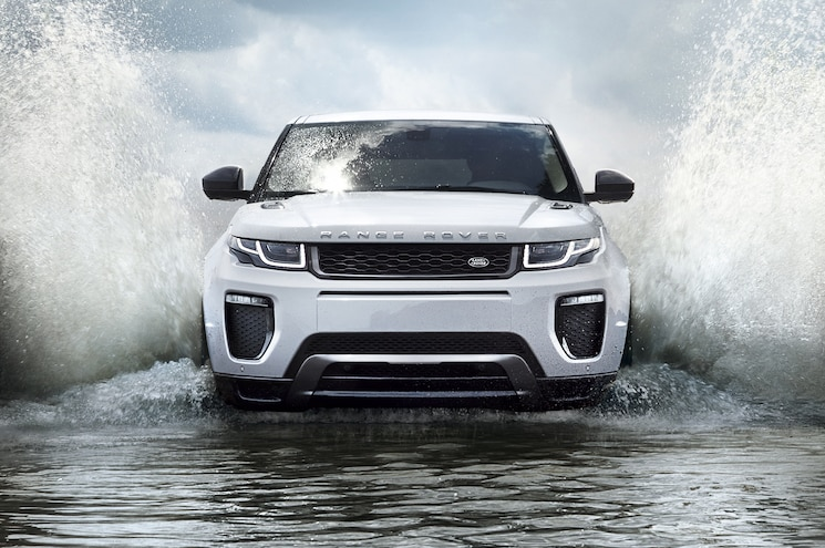 2016 Land Rover Range Rover Evoque Front End