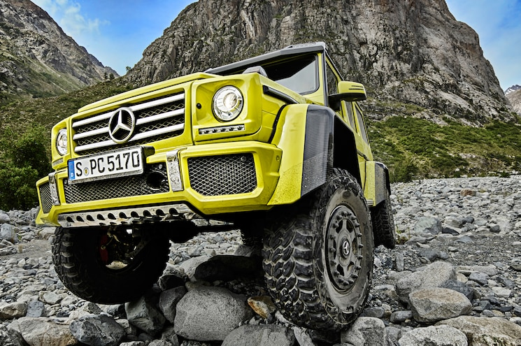 Mercedes-Benz Releases Video of G500 4x4-2