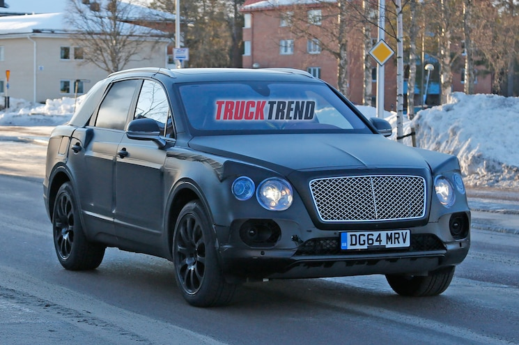 2016 Bentley Bentayga Spied Winter Testing