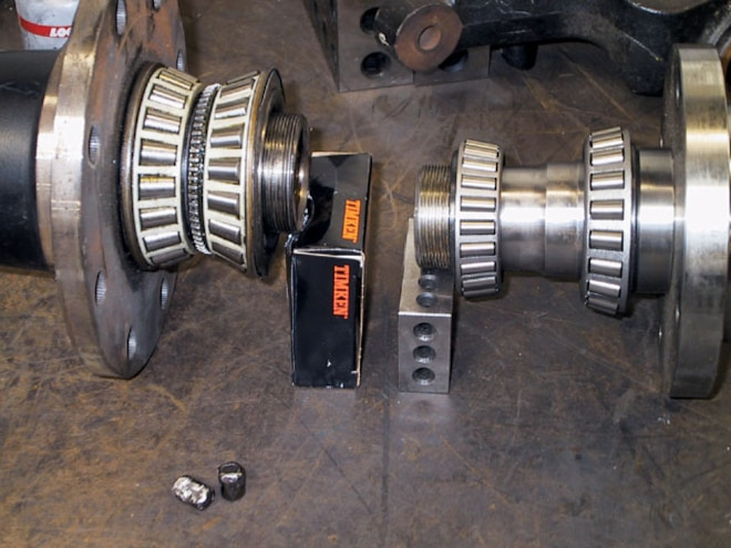 4x4 Wheel Hub Upgrade inner And Outter Bearings