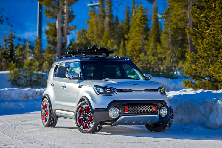 Kia Trail'ster Concept is Soulful, AWD Hybrid for Chicago