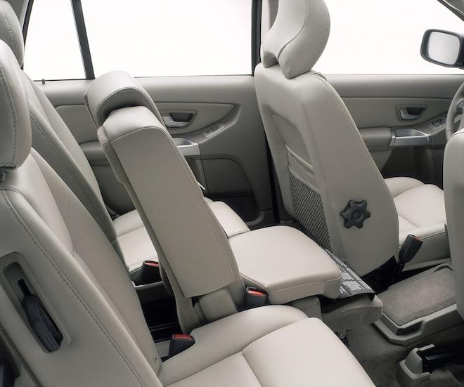 004 Volvo XC90 Second Row Seats