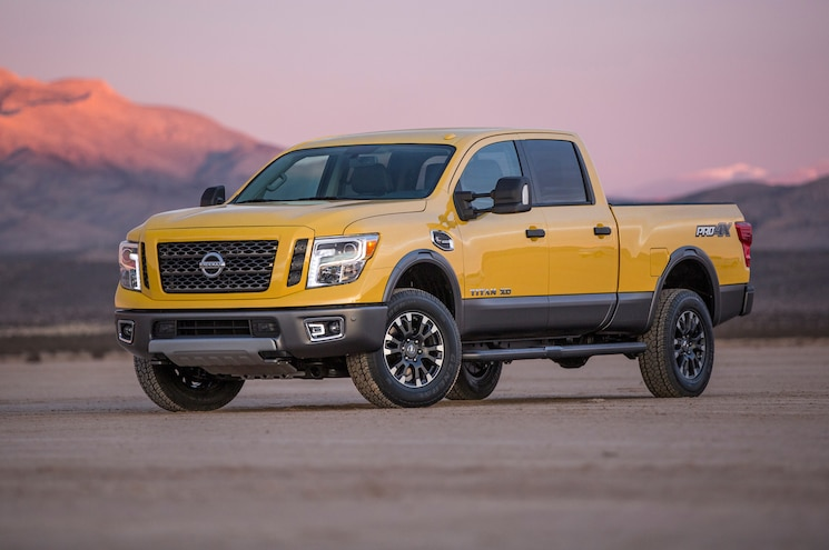 2016 Nissan Titan XD Front Three Quarter 10