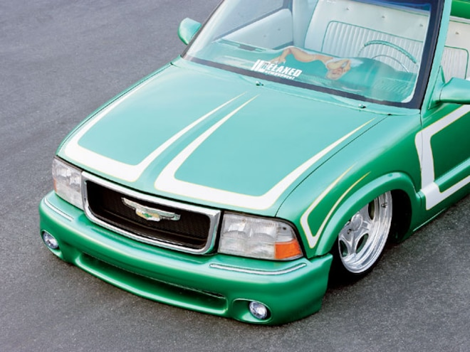 1996 Chevrolet S10 front End View