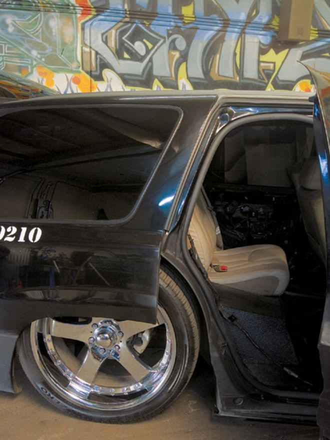 Custom 2002 Chevrolet Tahoe Busted Knuckles Feature Sport Truck Magazine