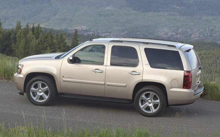 2008 Chevrolet Tahoe To Get 6 2 Liter V 8 Engine Option Auto News Truck Trend