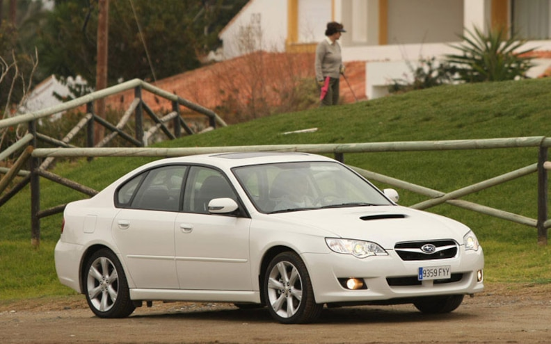 2008 Subaru Boxer Turbodiesel Euro Spec legacy Sedan Front Profile