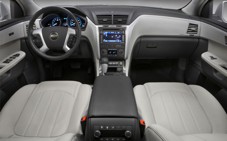 2009 Chevrolet Traverse interior Front