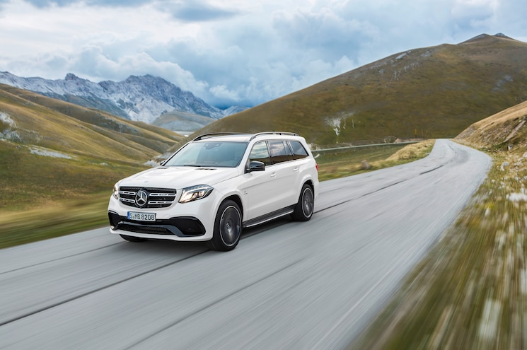 2017 Mercedes-Benz GLS (nee GL) Receives Corporate Facelift