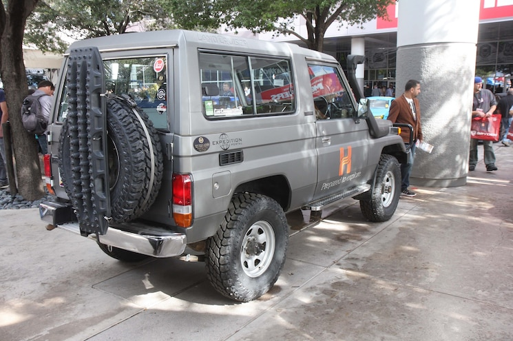 Sema 2015 Asian Truck And Suv Army Toyota 70 Series 03