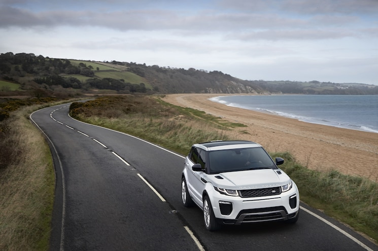 2016 Land Rover Range Rover Evoque Front End In Motion