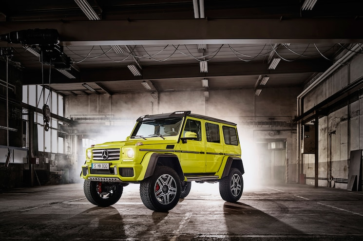 Mercedes Benz G500 4x4 Squared Front Three Quarters 03