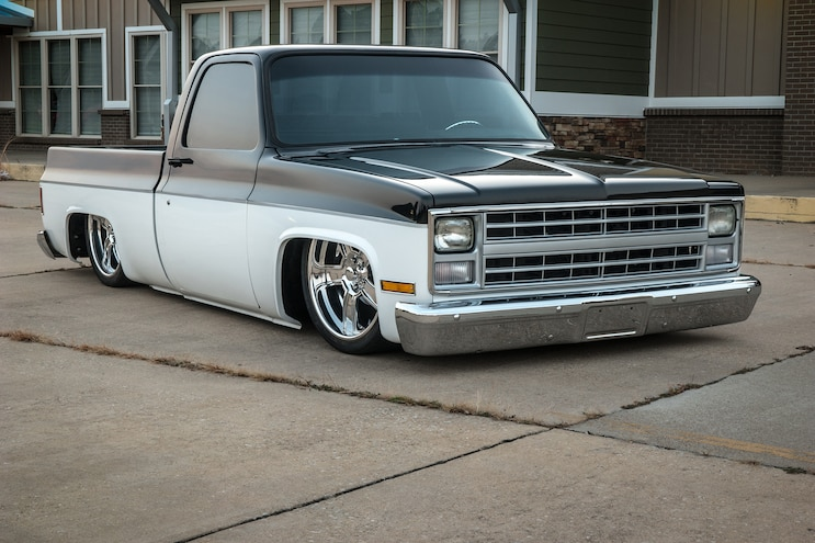 1986 GMC C10- Square Foundation