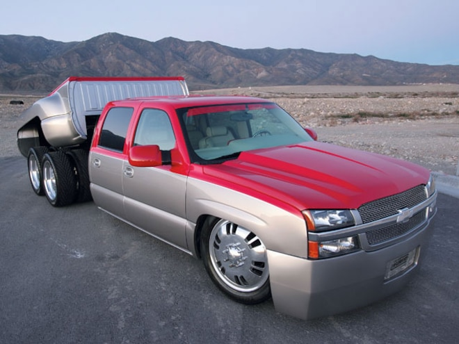 2004 Chevy Crew Cab 3500 Dualie front Right View