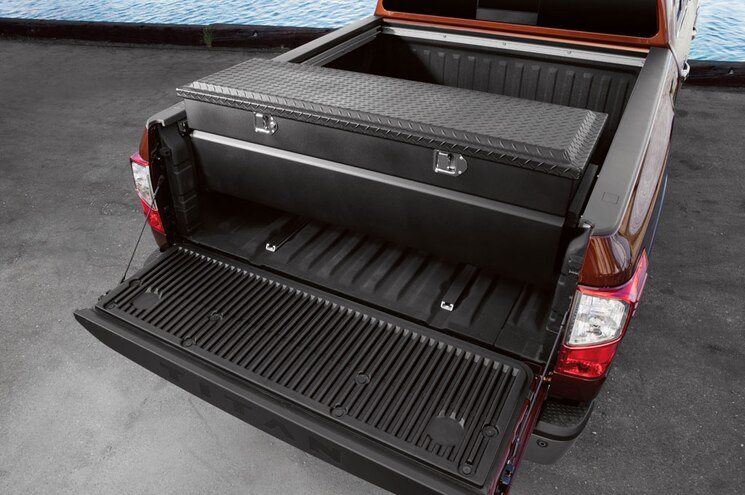 2016 Nissan Titan Xd Bed Box Tailgate Down