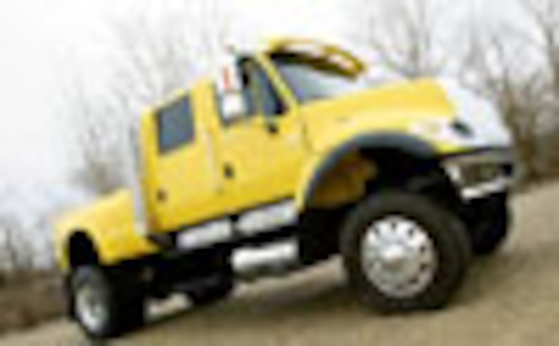 International CXT 4x4 Pickup Truck - Diesel Power Magazine