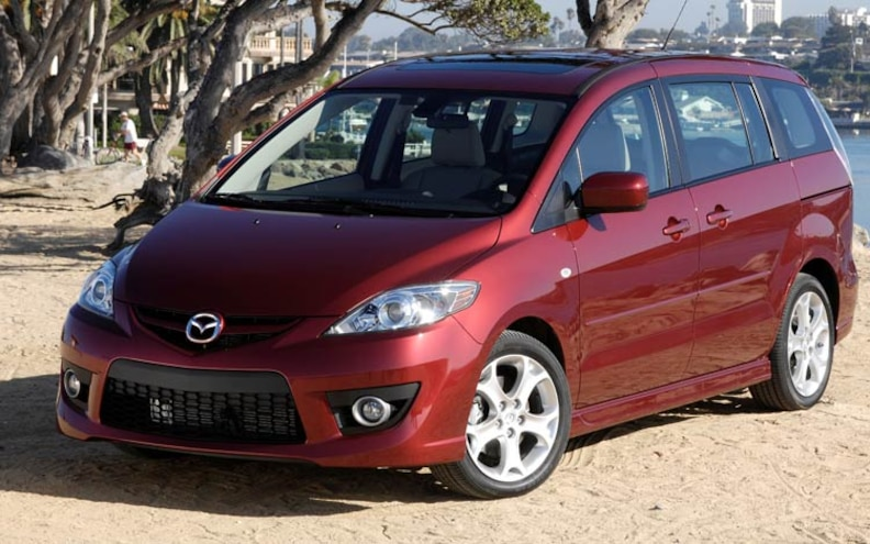 2008 Mazda5 wins Wards Autoworlds Interior Of The Year Award