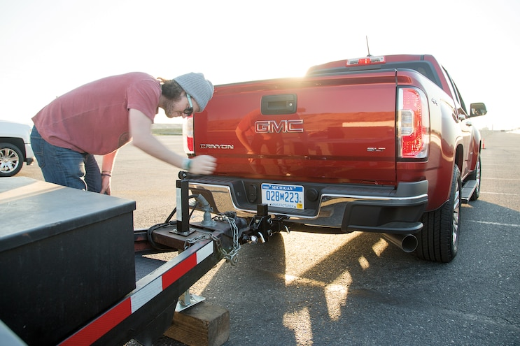 03 2016 GMC Canyon Trailer Hook Up