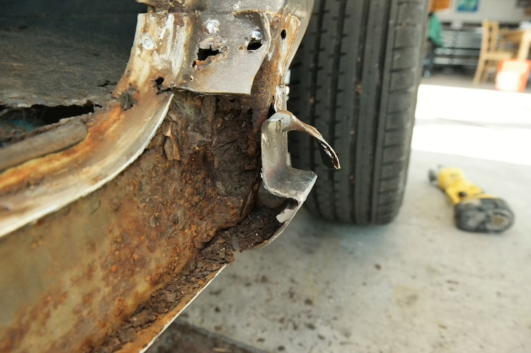 05 1969 Chevroler C 10  Rust Repair