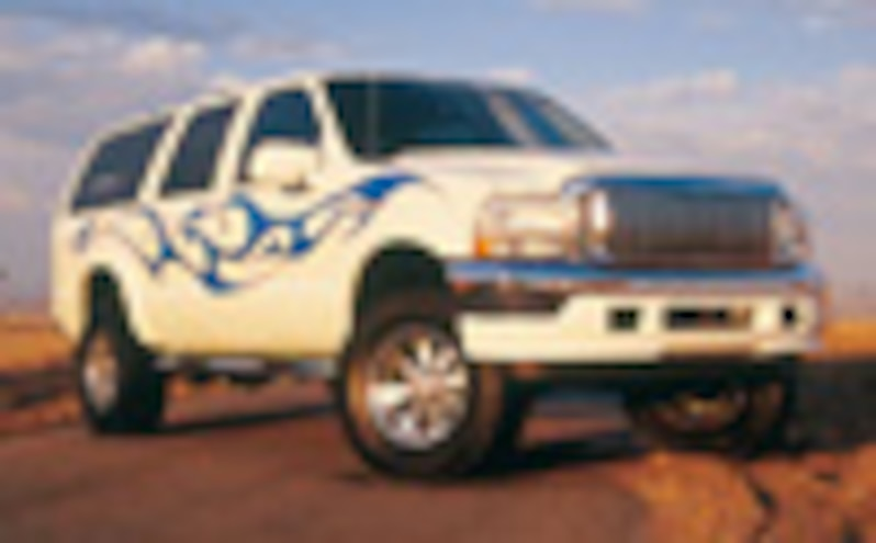 2001 Ford Excursion - Cracking The Whip-Feature05
