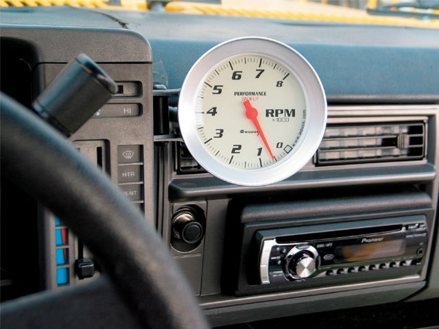 1989 Chevy S10 - Equus Tachometer Install