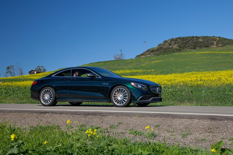 2015 Mercedes Benz S65 AMG Coupe Front Side Three Quarter