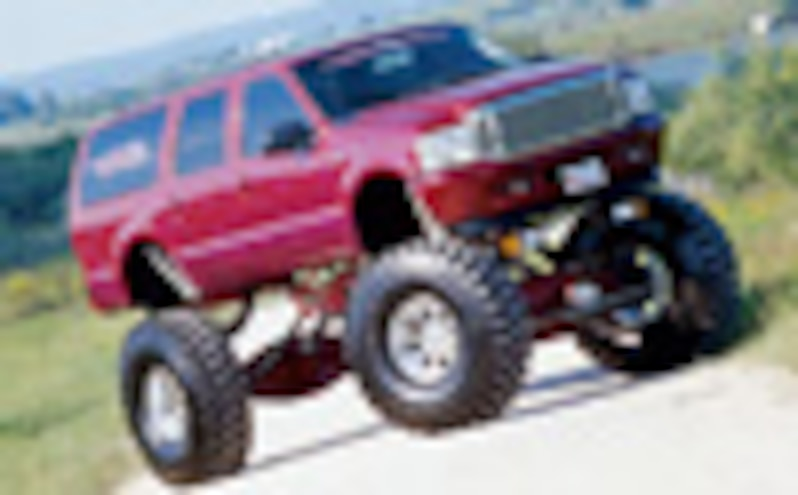 2000 Ford Excursion - Maximum Truck - Feature02