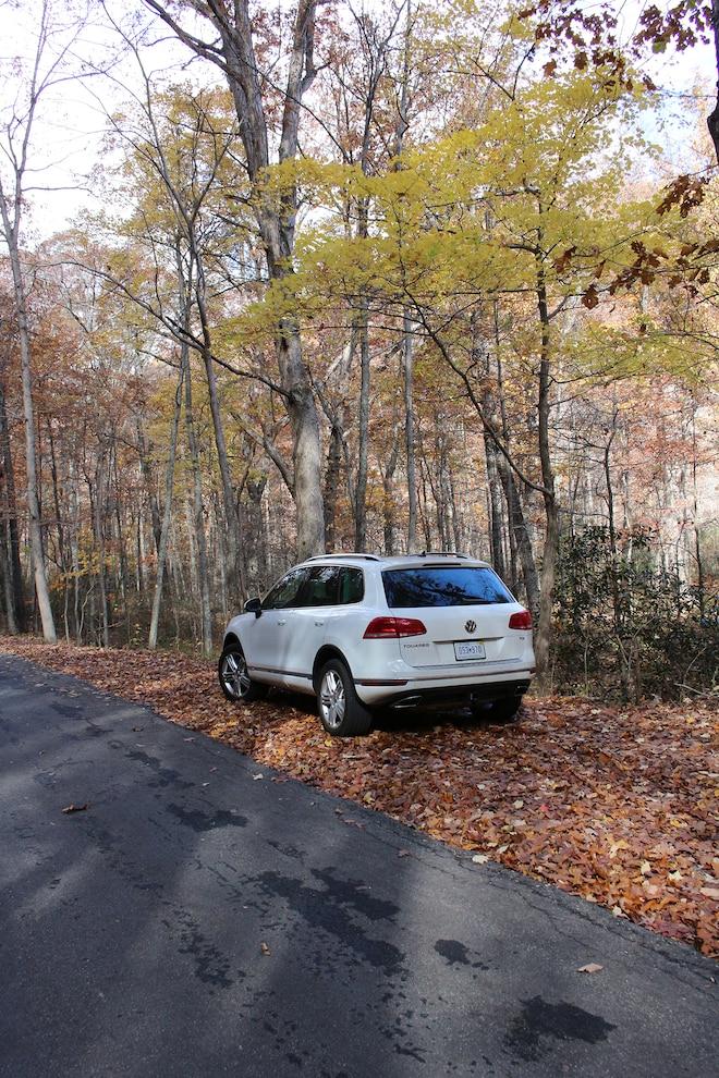 053 2015 Volkswagen Touareg Tdi Blue Ridge Parkway
