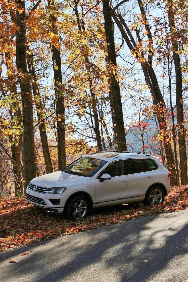 Highway 606 Drive: 2015 Volkswagen Touareg TDI Executive