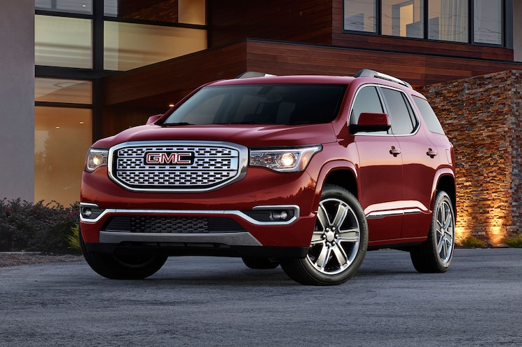 2017 GMC Acadia First Look -- Large Crossover Gets Smaller, Lighter