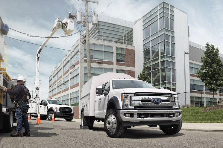 2017 Ford F 450 Chassis Cab Right Front