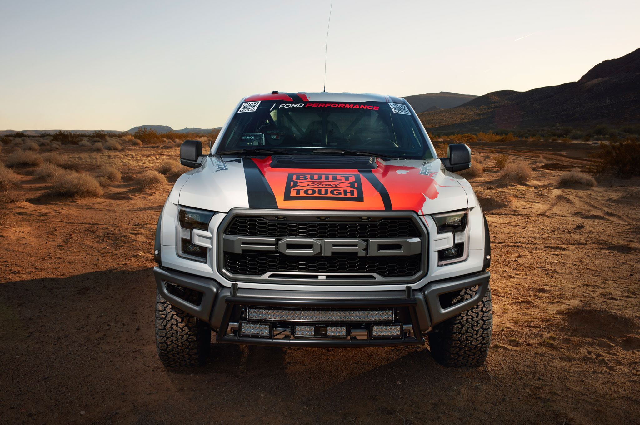 raptor goes racing ford enters 2016 best in the desert off road series. Black Bedroom Furniture Sets. Home Design Ideas
