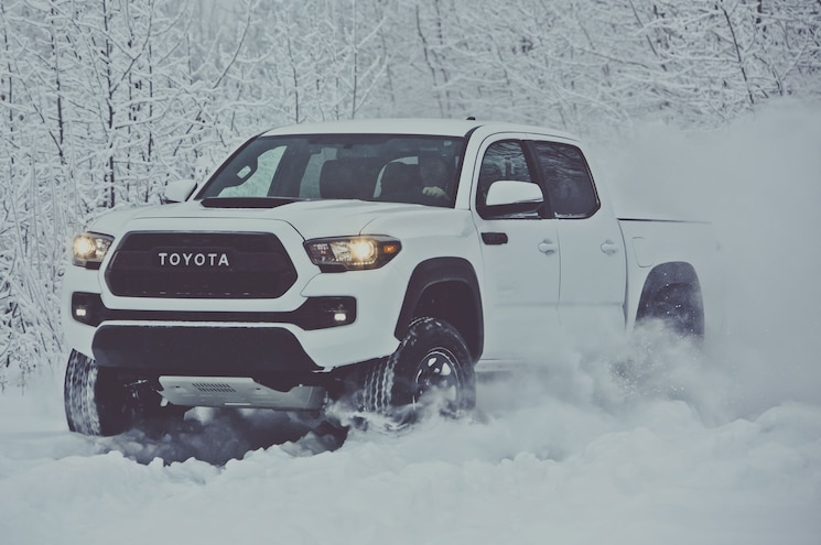 Toyota Gives TRD Pro Treatment to the 2017 Tacoma