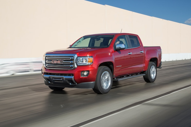 84 2016 GMC Canyon Front Three Quarter