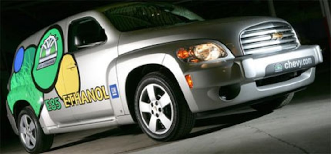 GM partners with Governors Association to create E85 network
