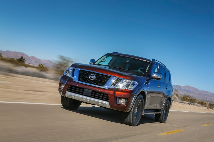 2017 Nissan Armada Front End In Motion