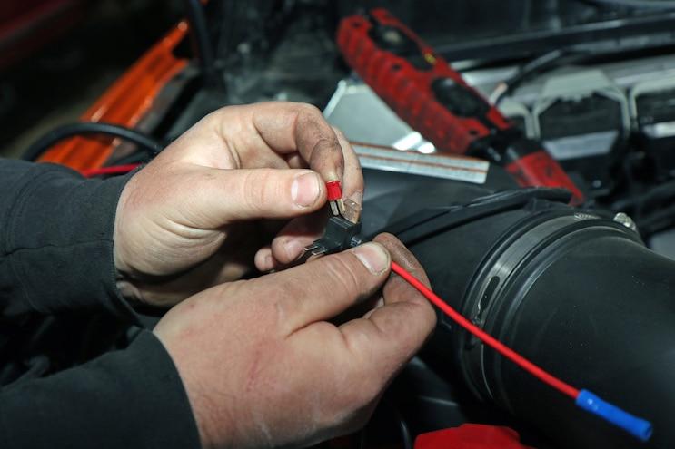 006 6 7l Power Stroke Fuel System Upgrades Fuseholder