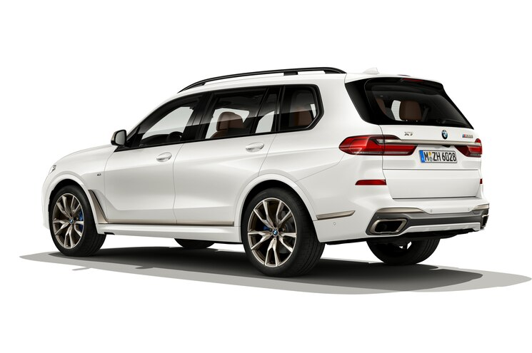 2020 Bmw X7 M50i Exterior Rear Quarter