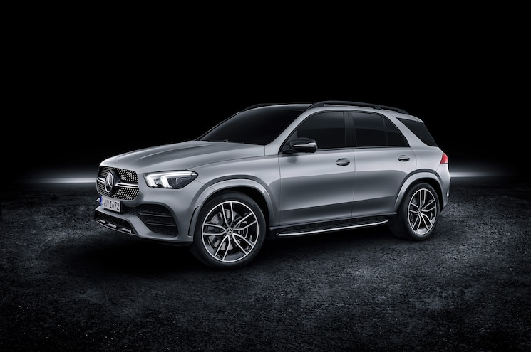 Mercedes-Benz Unveils 2020 GLE 580 with Electrified V-8