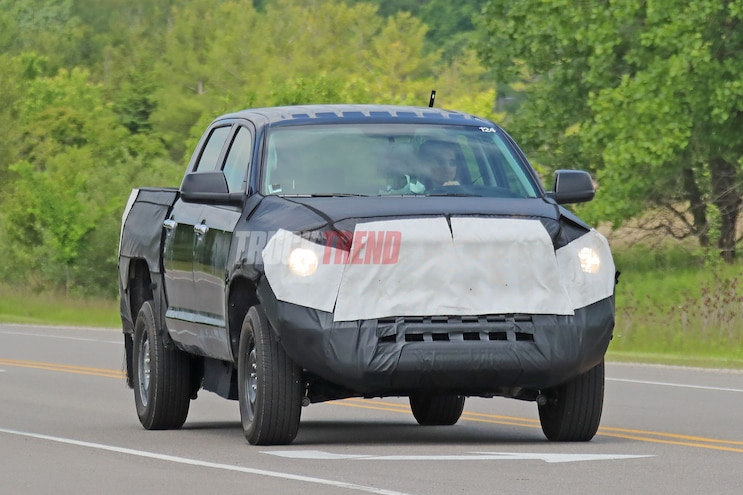 SPIED: Possible Toyota Tundra Hybrid