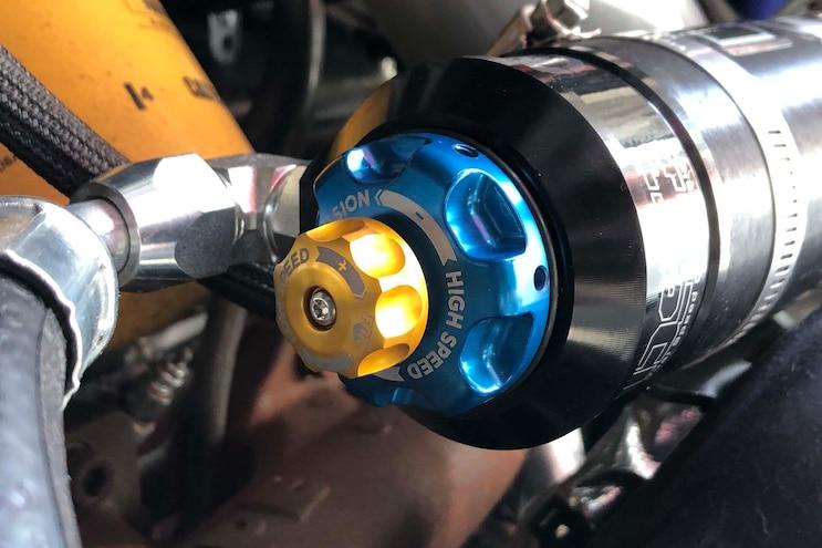 BDS GM 2500 3500HD Lift Install Part 2 012