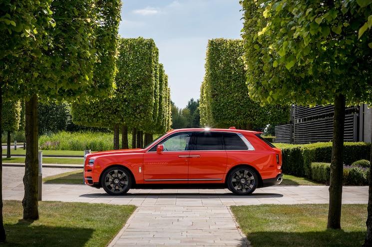 2019 Rolls Royce Cullinan In Fux Orange Side Profile 01