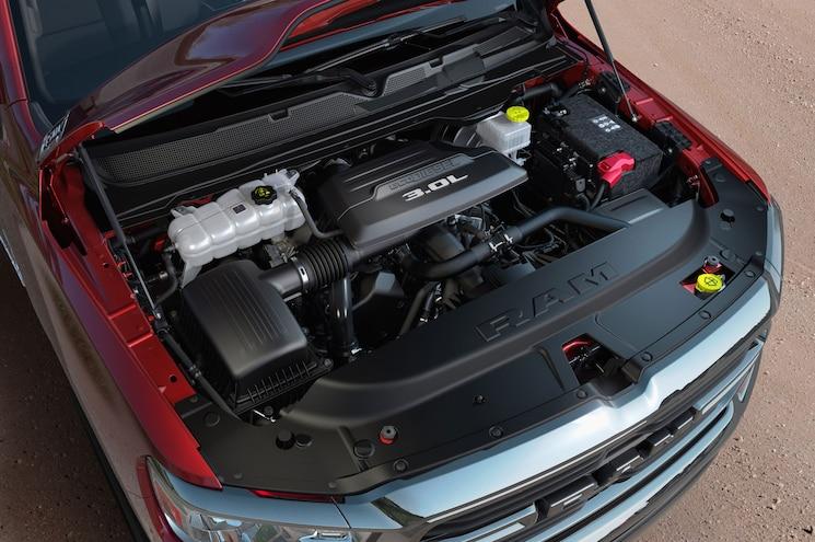 2020 Ram 1500 Ecodiesel Exterior Engine Bay 02