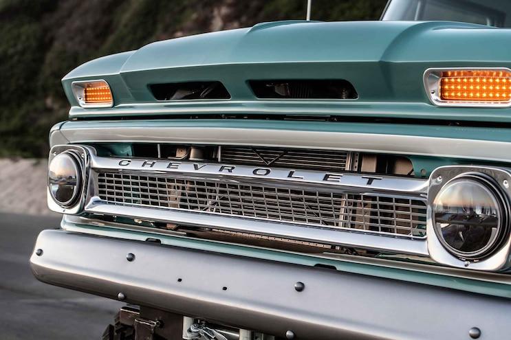 Rtech 1966 Chevy Ponderosa Crew Cab Grille