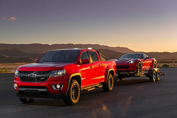 004 2020 Diesel Light Truck SUV Buyers Guide 2019 Chevrolet Colorado Exterior Action Towing