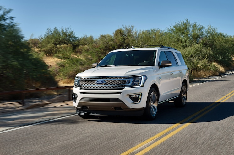 2020 Ford Expedition King Ranch Exterior Front Quarter 01