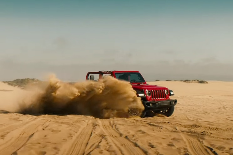 2020 Jeep Gladiator Advertisement 02