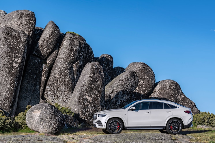 2021 Mercedes Amg Gle 53 Coupe Exterior Front Quarter 02