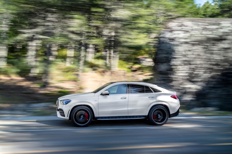 2021 Mercedes Amg Gle 53 Coupe Exterior Front Quarter 04